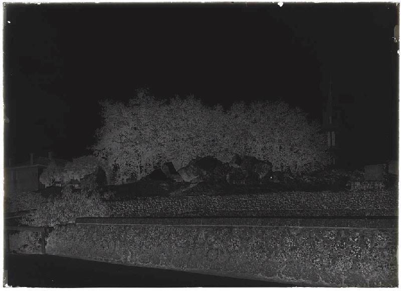 ARNAUDIN Félix : Blocs de l'église démolie - Pissos (Landes) (Titre attribué)