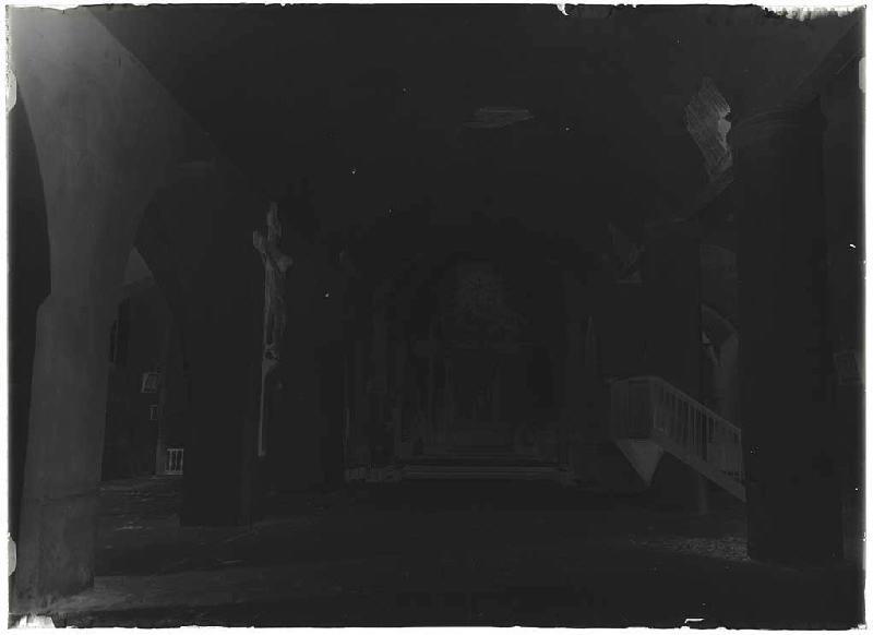 Intérieur de l'église avant démolition - Pissos (Landes) (Titre attribué)