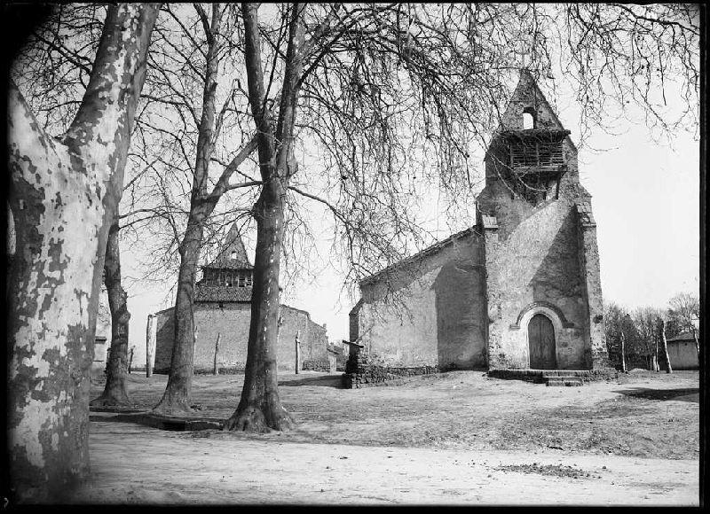 Les deux églises - Moustey (Landes) (Titre attribué)_0