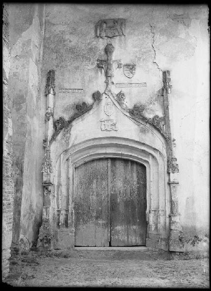 Portail de l'église - Saint-Julien-en-Born (Landes) (Titre attribué)_0