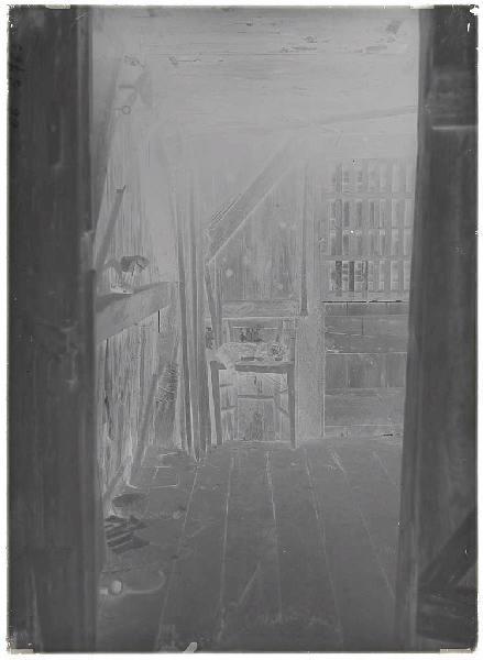 Chatte d'Arnaudin morte, dans un chenil - Labouheyre (Titre attribué)_0