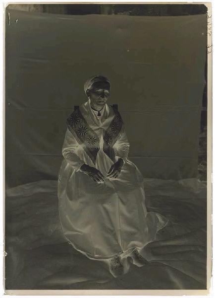 Femme assise (Titre attribué)_0