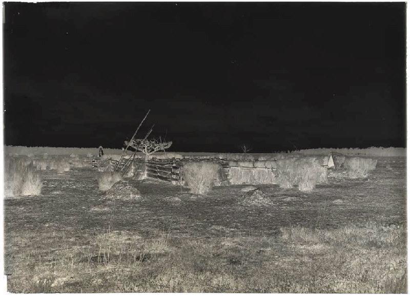 ARNAUDIN Félix (photographe) : Sabres, Peytic, apier de Maoucasaous, du S.E./N.O., Apier (titre attribué)