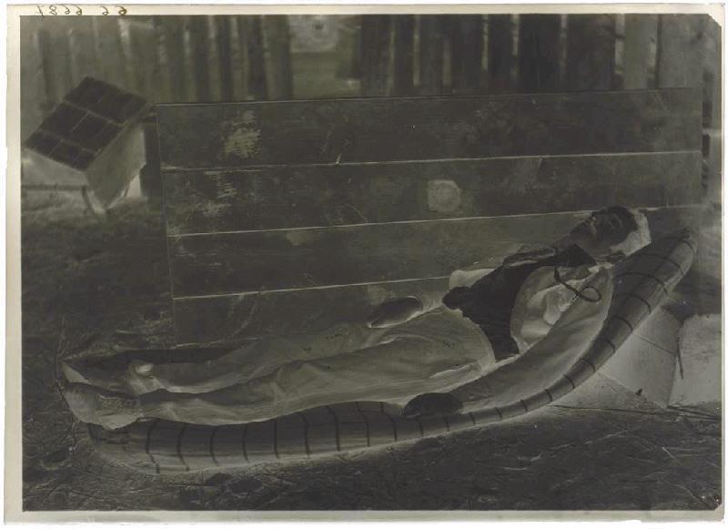 ARNAUDIN Félix (photographe) : Homme endormi