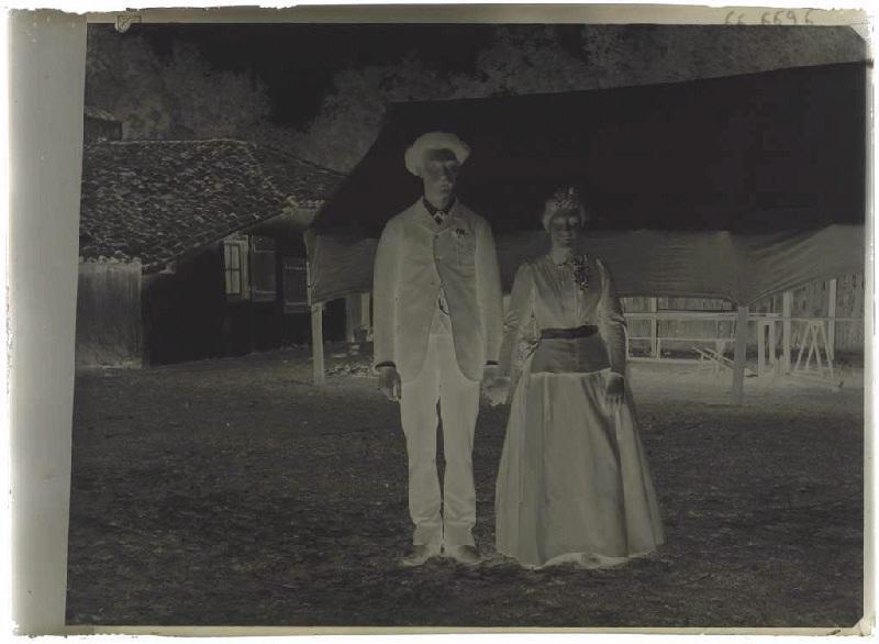 ARNAUDIN Félix (photographe) : Jeunes mariés