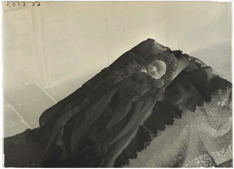 ARNAUDIN Félix (photographe) : Bébé décédé
