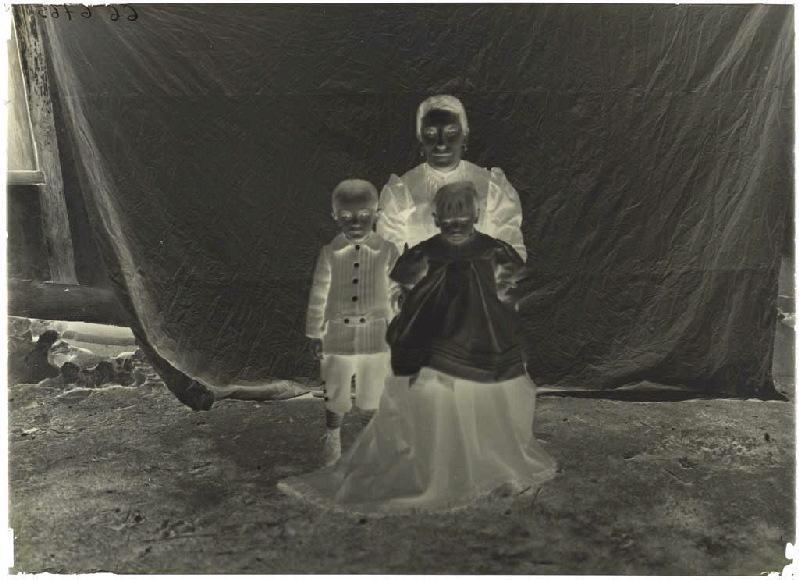 ARNAUDIN Félix (photographe) : Femme et enfants