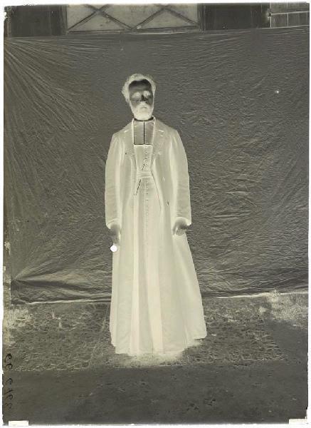 ARNAUDIN Félix (photographe) : Prêtre