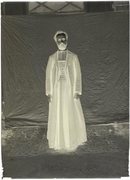 Abbé Dabadie, curé de Labouheyre ; Prêtre (titre attribué)_0