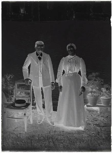 ARNAUDIN Félix (photographe) : Couple (Voir cliché n° 66.27.2666)