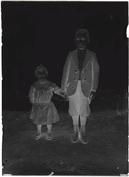 ARNAUDIN Félix (photographe) : Enfants de Jeanne et de Maria Herreyre