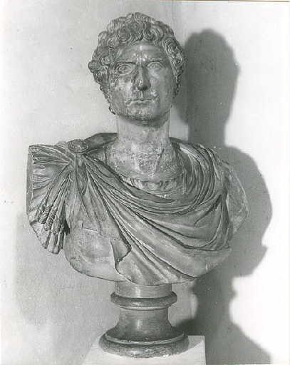 CERACCHI Giuseppe : Buste de Bernadotte en empereur romain