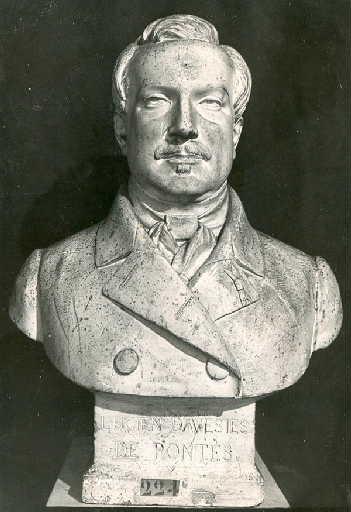 Buste de M. Davesies de Pontès_0
