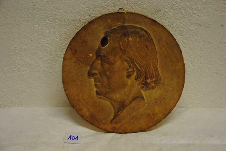 Portrait de profil de Monsieur Charles Le Coeur_0