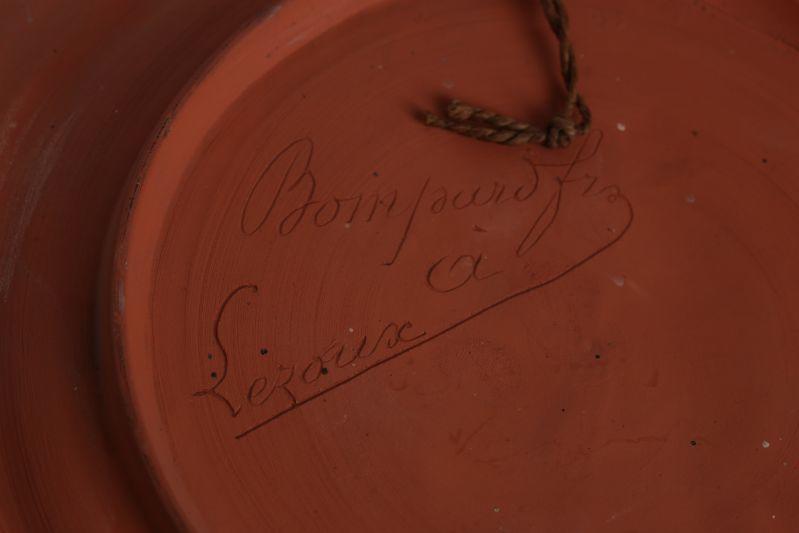 BOMPARD Frères (potier) : Assiette commémorative dite du 'Souvenir'
