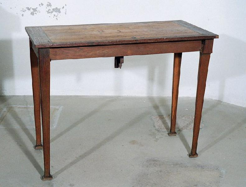 JACOB-DESMALTER & Cie : table (pliante)