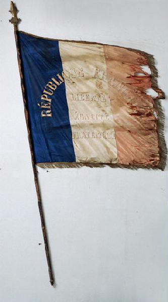 Drapeau de la garde nationale de Fresne-Saint-Maures