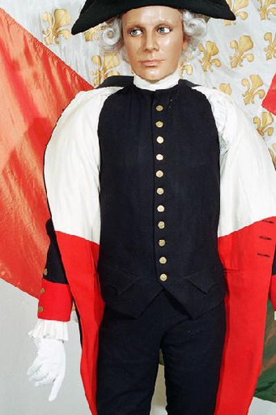 ASSOCIATION DES GRENADIERS DU 27E, COLMONT Christian (maître-tailleur), DUVAL Serge (bottier), ART & FONDERIE : costume (ensemble), pantalon, gilet , bicorne, gant, épée