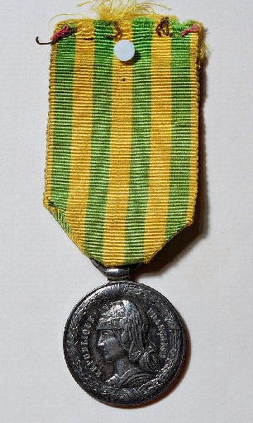 Médaille des campagnes du Tonkin - Chine (Campagnes de 1883, 1884, 1885. )