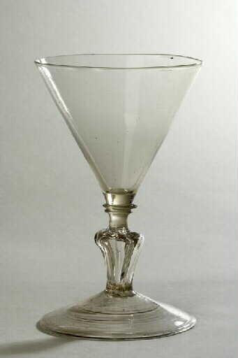 anonyme (verrier) : verre (à pied)
