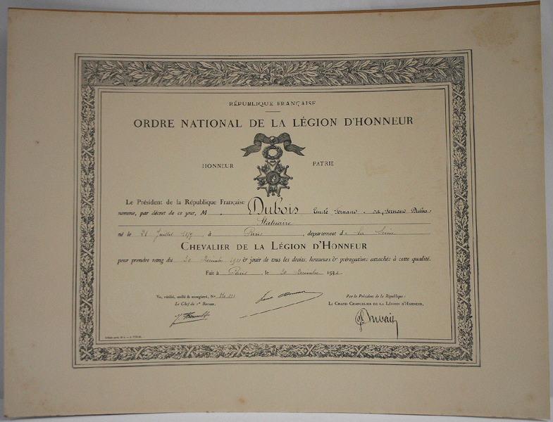 Diplôme de chevalier de la légion d'honneur attribué à Emile Fernand-Dubois_0
