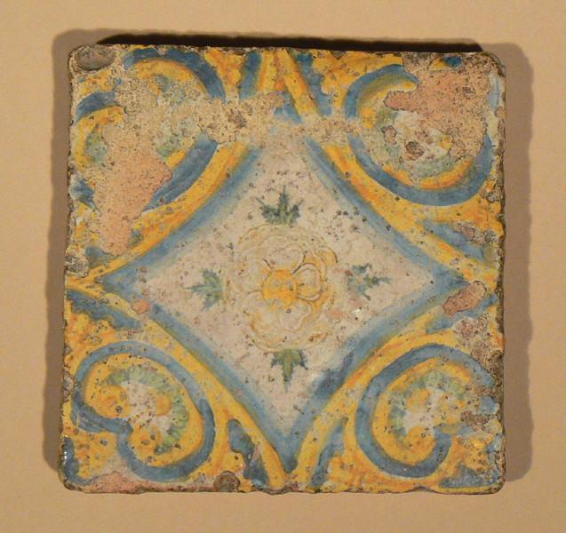 CONRADE Augustin (attribué à), GAMBIN Jules (attribué à), manufacture le logis du prieur de St-Gildas : carreau de pavement