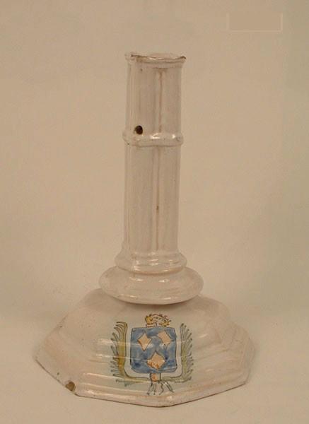 manufacture indéterminée : chandelier