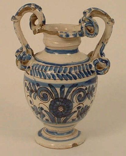 Vase (à anses)_0
