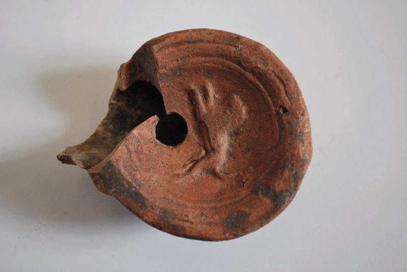 anonyme (céramiste) : lampe à huile (3)
