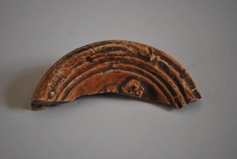 anonyme (céramiste) : lampe à huile, fragment