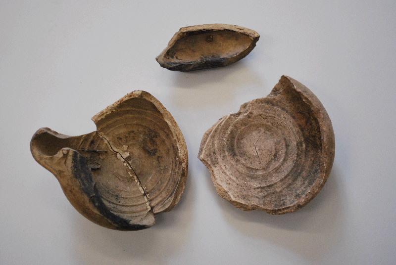anonyme (céramiste) : lampe à huile (fragment, 2)