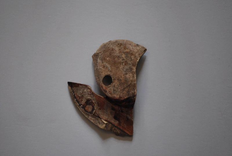 anonyme (céramiste) : lampe à huile (fragment)