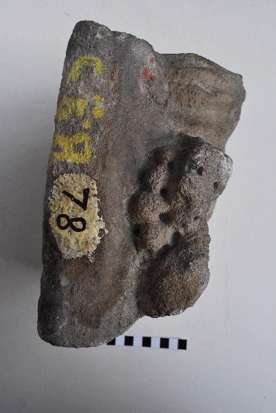 statuette : Dieu au raisin