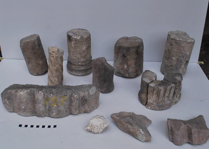 anonyme (artisan) : élément d'architecture, fragment (21)