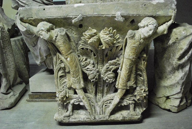 GISLEBERTUS (sculpteur, atelier), anonyme (artisan) : chapiteau
