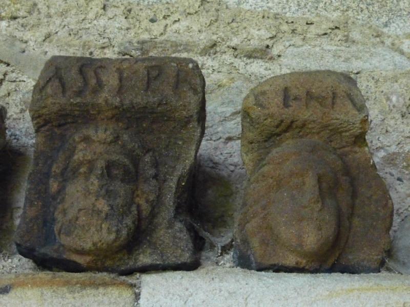 anonyme (sculpteur) : Stèle à inscription CINV