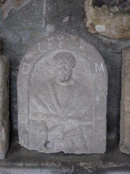 Stèle à inscription LFFCR_0