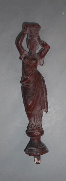 Femme de type grec avec un vase sur la tête (titre factice)_0