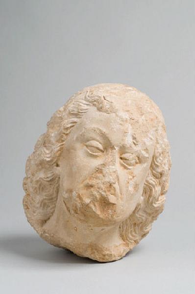 Statue, fragment_0