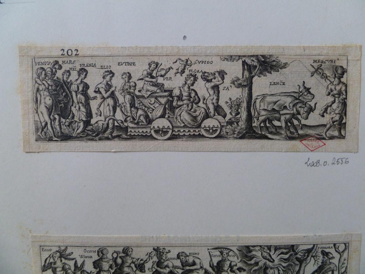 Triomphe avec des dieux et déesses de la mythologie grecque (n° 202)_0
