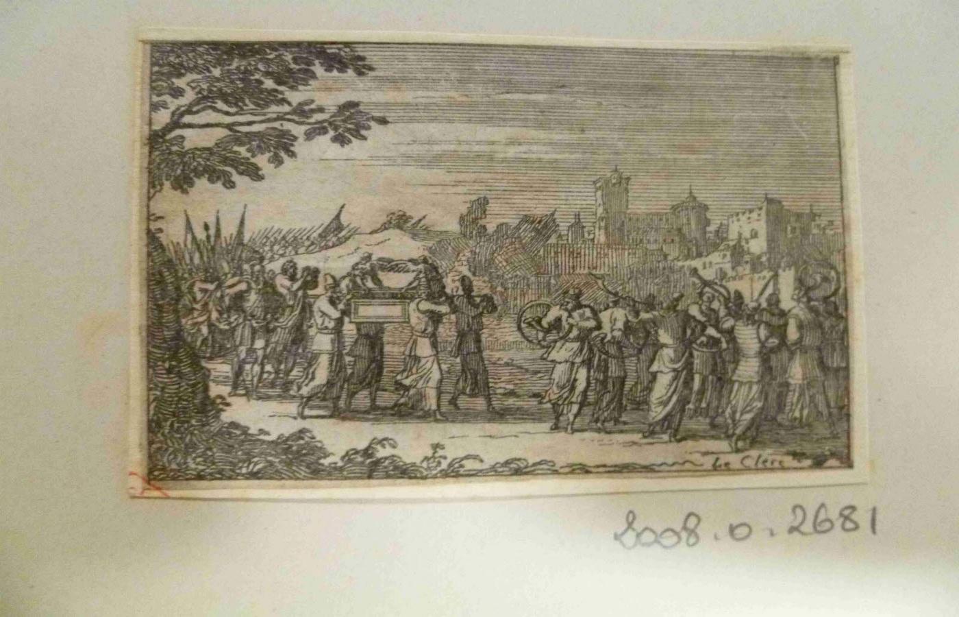 Procession des Israélites quittant Jericho, avec des soldats sonnant le cor et quatre prêtres portant l'Arche_0