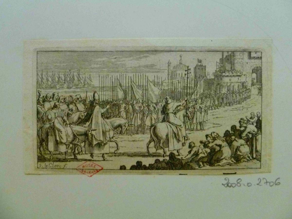 Cortège ecclésiastique accueilli avec révérence à son entrée dans la ville par toute la population, flotte de navires en arrière-plan_0