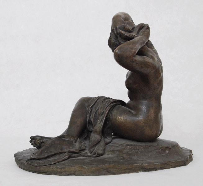 PUECH Denys (sculpteur) : Baigneuse nouant ses cheveux