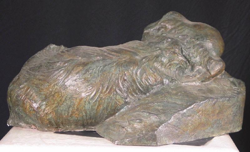 PUECH Denys (sculpteur), GRANDET Joseph Maurice (sculpteur) : Monument funéraire de Nelly Jacquemart-André (Chien endormi)