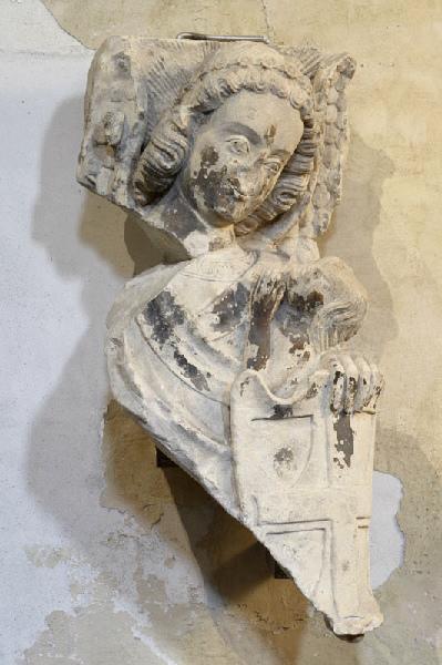 Saint Michel recueillant l'âme d'un élu (Titre cartel 2007) ; Morceau de sculpture : Ange protégeant l'âme d'un élu (Saint Michel ?, Ancien titre )_0