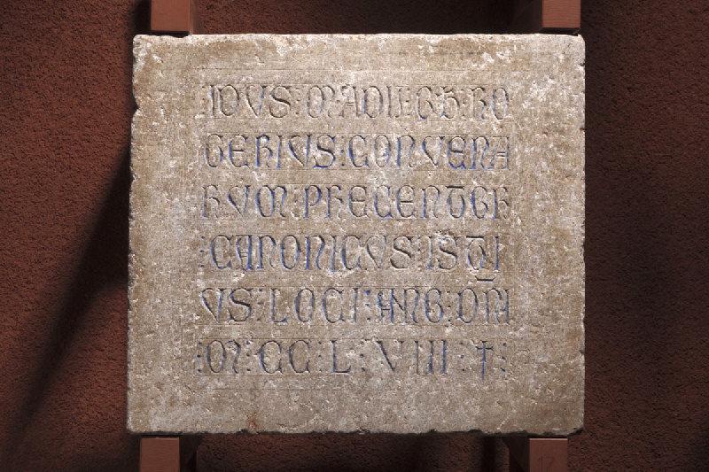 Epitaphe de Rogerius Convenarum (Roger de Comminges, préchantre, chanoine de Saint-Etienne, mort le 15 mai 1258.)_0