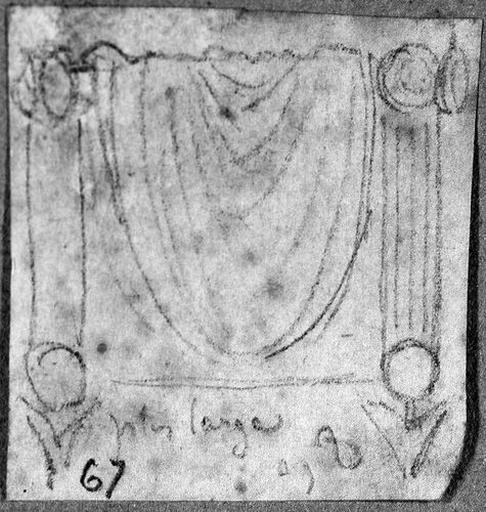 Tabouret antique (Recouvert d'une draperie pendante)