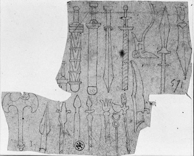 Piques, épées et haches antiques_0