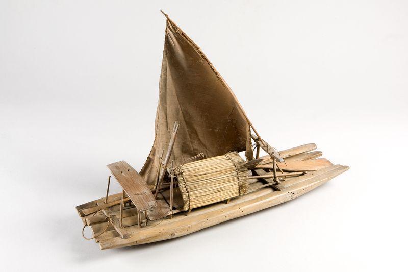 Barque, modèle réduit_0