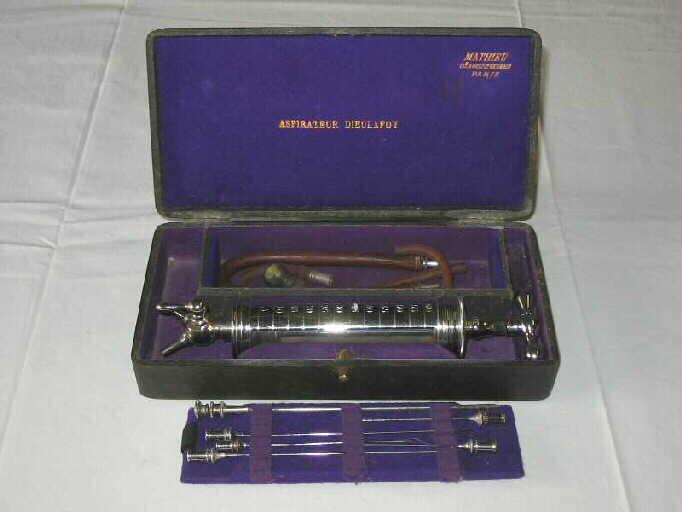 Instrument (9), boîte_0